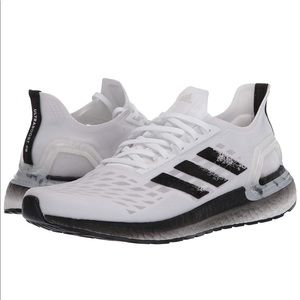 Women's adidas running shoes size 5.5